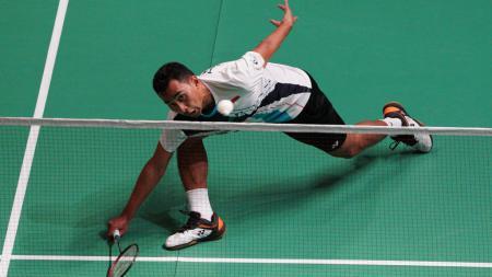 Inilah momen ketika netting dari legenda Malaysia, Lee Chong Wei buat tunggal putra Indonesia, Tommy Sugiarto frustasi. - INDOSPORT