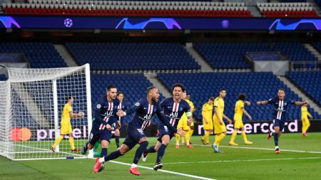 Neymar merayakan golnya di laga Liga Champions antara Paris Saint-Germain vs Borussia Dortmund - INDOSPORT