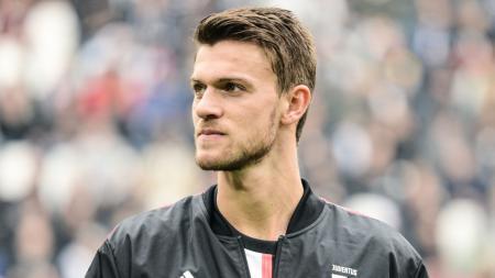 Nasib Daniele Rugani kini terombang-ambing setelah jadi pemain pinjaman Rennes dari Juventus. - INDOSPORT
