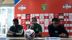 Indosport - Kabar kurang baik melanda Persebaya Surabaya jelang laga pekan ke-3 Liga 1 2020. Bajul Ijo tampaknya tidak dalam kondisi maksimal saat melawan Persipura Jayapura pada Jumat, (13/3/20) besok di Stadion Gelora Bung Tomo (GBT).