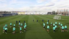 Indosport - Hampir seluruh bintang Real Madrid baru-baru ini terlihat mengikuti sesi latihan di tengah pandemi virus corona di kompleks latihan Ciudad Real Madrid.