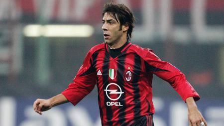 Rui Costa dikenal sebagai maestro lini tengah Portugal yang berjaya di AC Milan. Apa kabar dirinya? - INDOSPORT