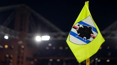 Dua pemain Sampdoria, Fabio Depaoli dan Bartosz Bereszynski diketahui menjadi pemain Serie A Italia terbaru yang terjangkit virus Corona (COVID-19). - INDOSPORT