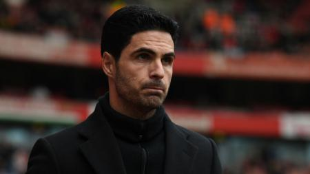 Mikel Arteta memohon maaf lantaran Arsenal kalah saat melawan Tottenham Hotspur di Liga Inggris 2019-2020 pekan ke-35. - INDOSPORT
