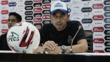 Ada 5 pelatih di Liga 2 2020 yang bisa disebut sebagai spesialis promosi plus juara, termasuk juga Seto Nurdiyantoro. - INDOSPORT