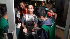 Indosport - Panitia pelaksana (Panpel) laga kandang Liga 1 PSM Makassar vs Barito Putera turut melakukan pencegahan penyebaran virus corona.