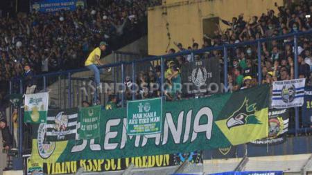 Slemania di laga Liga 1 antara Persib Bandung vs PSS Sleman. - INDOSPORT