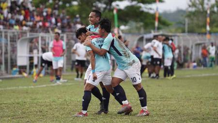 Sulut United berhasil membawa pulang tiga poin dari kandang PSBS Biak pada pekan pertama Liga 2 2020. - INDOSPORT