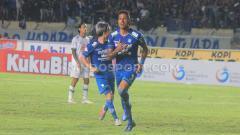 Indosport - Selebrasi striker klub Liga 1, Persib Bandung, Wander Luiz.