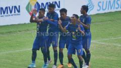 Indosport - Winger andalan PSIM Yogyakarta TA Musafri berhasil mencetak gol ke gawang Sriwijaya FC pada menit ke-84, pada duel kedua tim di Stadion Gelora Sriwijaya Jakabaring Palembang, Minggu (15/03/2020).