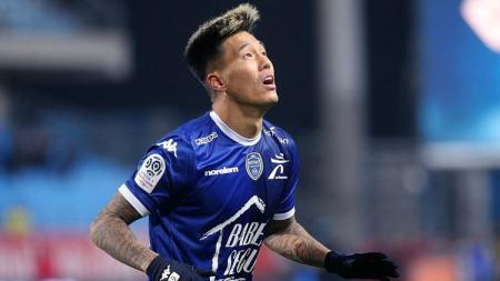 Eks FC Porto (2016-18) Suk Hyun-jun dikabarkan kena virus corona. Meski begitu dirinya diketahui sempat setim dengan striker Persib Bandung. - INDOSPORT