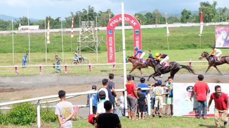 Indonesia ditetapkan sebagai tuan rumah kegiatan internasional dari cabang olahraga berkuda, equestrian yang paling bergengsi yakni Jumping World Challenge (JWC) - INDOSPORT