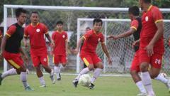 Indosport - Sempat membobol gawang PSMS Medan, pemain AA Tiga Naga, Nico Malau justru berharap mantan timnya itu bisa promosi dari Liga 2.