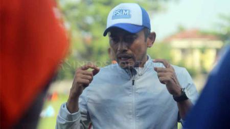 Pelatih PSIM Yogyakarta, Seto Nurdiyantoro, tak ingin, uji coba kali ini hanya sebagai sarana untuk menjaga kebugaran pemain. - INDOSPORT
