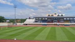 Indosport - Rumput Stadion Kebondalem, Kendal yang telah direnovasi manajemen PSIS.