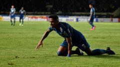 Indosport - Striker Persib Bandung, Wander Luiz, memiliki nazar bila di tes kedua ia dinyatakan negatif virus corona.
