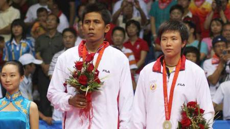Campuran Ganda Indonesia meraih medali perak Nova Widianto dan Liliyana pada Olimpiade Beijing, (17/08/08) di Beijing, Cina. - INDOSPORT
