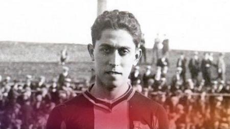 Lionel Messi dikenal mendunia sebagai pesepak bola ternama, namun sang bintang rupanya memiliki sosok pendahulu yang mirip berdarah Asia di Barcelona. - INDOSPORT
