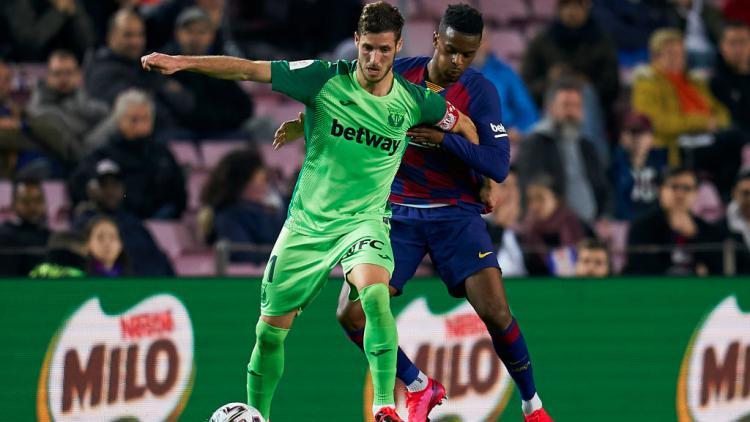 Ruben Perez saat memperkuat Leganes melawan Barcelona Copyright: Quality Sport Images/Getty Images