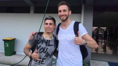 Indosport - Dua Gelandang Persita Tangerang Mateo Bustos (abu-abu) dan Eldar Hasanovic (putih).