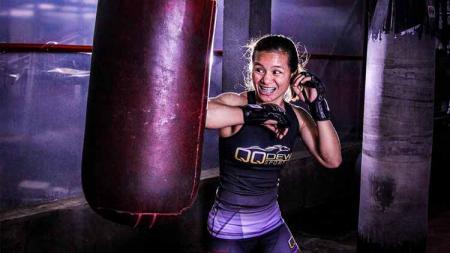 Priscilla Hertati Lumban Gaol, petarung MMA. - INDOSPORT