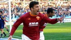 Indosport - Mengenang Tridente Lini Belakang Skuat Juara AS Roma 2000/01, Apa Kabar Mereka Kini?