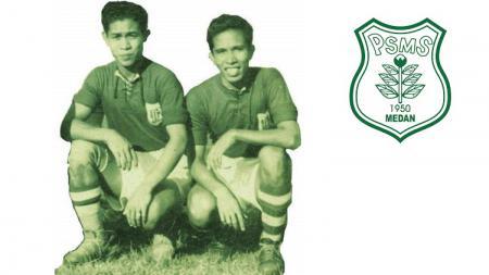 Kakak-beradik legenda PSMS Medan dan Timnas Indonesia era 1950-an, Ramli (kiri) dan Ramlan Yatim (kanan). - INDOSPORT
