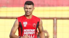 Indosport - Bek klub Liga 1 PSM Makassar asal Lebanon, Hussein Eldor hampir menjadi korban ledakan dasyat yang terjadi di Beirut, Lebanon