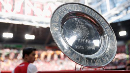Trofi Eredivisie Belanda. - INDOSPORT