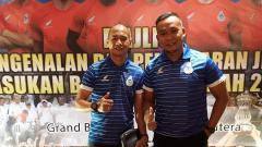 Indosport - Sofie Imam Faisal (kanan), bersama dengan Kurniawan Dwi Yulianto (kiri)