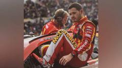 Indosport - Karier pembalap NASCAR, Kyle Larson kini hancur akibat melontarkan ucapan rasial saat mengikuti balapan virtual yang disiarkan secara langsung.