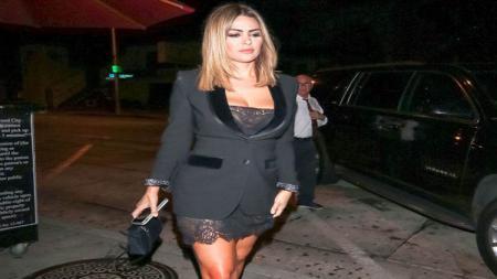 Salah satu sahabat Kim Kardashian, Carla DiBello disebut-sebut memiliki andil besar dalam rencana pembelian Newcastle United. - INDOSPORT
