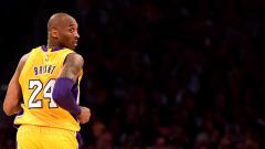 Indosport - Legenda LA Lakers, mendiang Kobe Bryant akan ditampilkan pada sampul game NBA 2K21. Kobe jadi satu dari tiga sosok yang dipilih pihak produsen 2K.