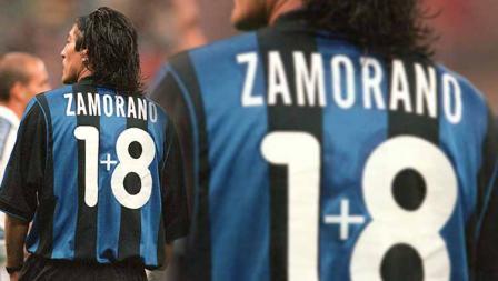 Ivan Zamorano pada awalnya mengenakan nomor punggung 9. Namun, ia harus merelakan nomor tersebut ketika Ronaldo bergabung ke Inter Milan dan diberi nomor tersebut. Tak kehilangan akal, ia menerima nomor 18 dengan menyelipkan tanda tambah di tengah-tengah angka 1 dan 8.