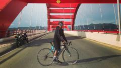 Indosport - Gelandang anyar Persipura Jayapura, Fridolin Yoku memiliki cara tersendiri untuk memanfaatkan waktu di masa karantina