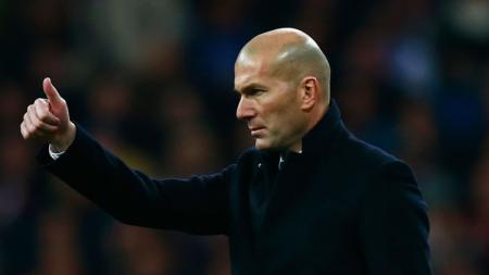 Zinedine Zidane memiliki ikatan sejarah dengan Estadio Alfredo Di Stefano, stadion kecil yang sementara akan menjadi kandang Real Madrid. - INDOSPORT