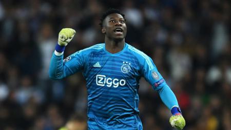 Klub raksasa Liga Inggris, Chelsea, dikabarkan bakal menjadikan kiper Ajax Amsterdam, Andre Onana sebagai target utama di bursa transfer musim panas - INDOSPORT