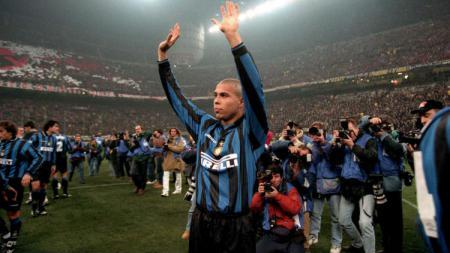 Tampil dominan di Serie A Liga Italia, Ronaldo Nazario gagal masuk starting XI terbaik Inter Milan 20 tahun terakhir. - INDOSPORT