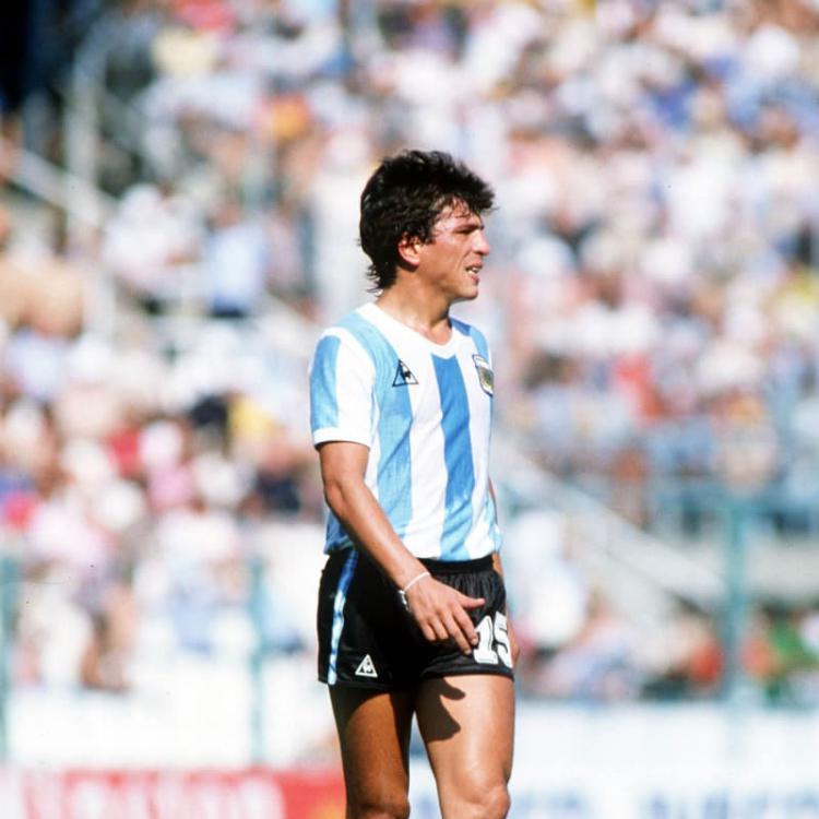 Daniel Alberto Passarella, merupakan pemain sekaligus pelatih legendaris yang pernah dimiliki Argentina. Copyright: FIFA