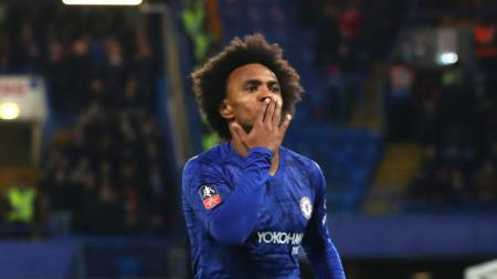 Pemain klub Liga Inggris, Chelsea, yakni Willian kabarnya telah menolak pinangan David Beckham untuk bergabung ke Inter Miami. - INDOSPORT