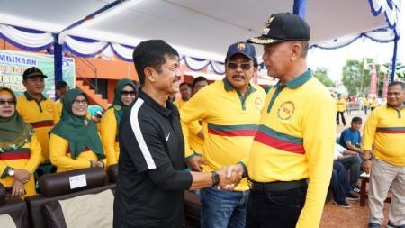 Wali Kota Tanjungpinang H Syahrul wafat imbas idap virus corona (COVID-19) dan ternyata punya jejak di dunia sepak bola Indonesia. - INDOSPORT