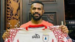 Indosport - Kapten Persipura Jayapura, Boaz Solossa.