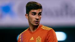 Indosport - Ferran Torres, winger muda Spanyol ini belakangan tengah menyedot perhatian, lantaran menjadi incaran dua klub top Eropa, AC Milan dan Manchester United.