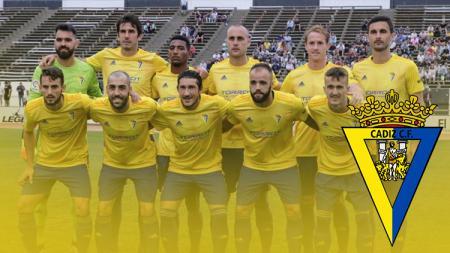 Legenda sepak bola Spanyol, Luis Garcia, memberi komentar soal kembalinya Cadiz ke LaLiga Spanyol sebagai salah satu tim promosi musim depan. - INDOSPORT