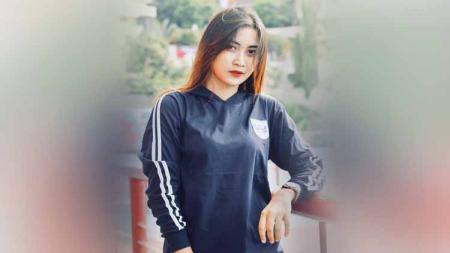 Yoan Dafenty, suporter cantik PSIS Semarang. - INDOSPORT