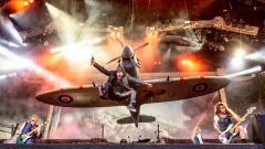 Indosport - Band Heavy Metal asal Inggris, Iron Maiden, merilis jersey sepak bola yang terinspirasi dari cover album-albumnya