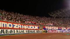 Indosport - Torcida Split, kelompok suporter HNK Hajduk Split yang merupakan firm tertua di Eropa.