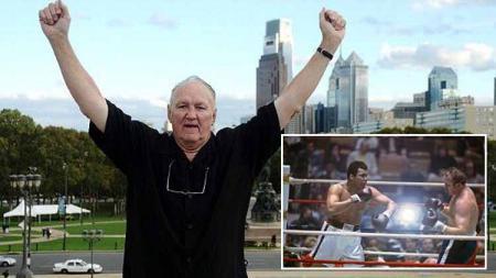 Chuck Wepner, sosok nyata film Rocky yang sempat hancurkan Muhammad Ali di perebutan gelar juara tinju kelas berat. - INDOSPORT