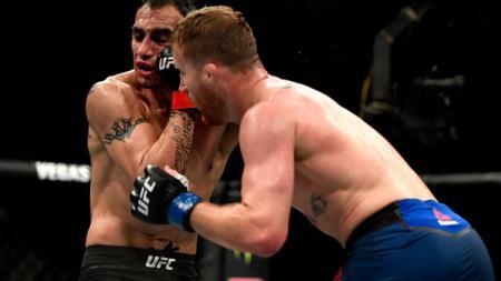 Petarung Mixed Martial Arts (MMA), Justin Gaethje sukses menyabet gelar interim kelas ringan usai mengalahkan Tony Ferguson di UFC 249, Minggu (10/05/20). - INDOSPORT
