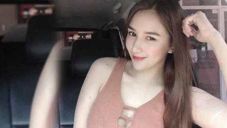 Model sekaligus aktris Faye Lorenzo merupakan salah satu selebriti papan atas asal Filipina yang kini tengah populer. - INDOSPORT